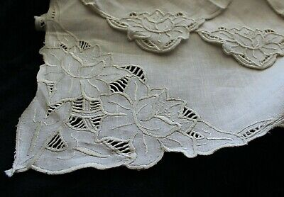 Vintage Ecru Fine Linen Embroidered Water Lily Cut-Work Tablecloth & 4 Napkins