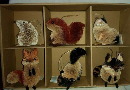 SMITH & HAWKEN SET OF 6 NATURAL ANIMAL CHRISTMAS ORNAMENTS  PRIMITIVE RUSTIC