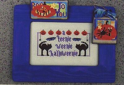 Val's Stuff - Halloween Teenies Black Cat Sampler Cross Stitch Pattern
