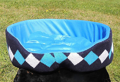 Large Knit & Plush Designer Dog/Pet Cozy Nest Bed Soft Comfy Diamond Print Blue