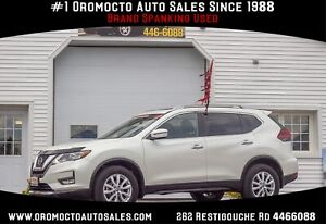 2018 Nissan Rogue SV All WHEEL DRIVE,PANORAMIC ROOF, REMOTE...
