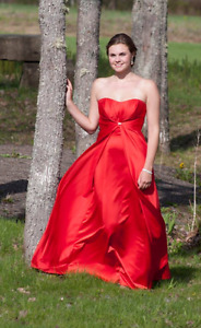 Classy Red Flattering Prom Dress With Silver Detailing