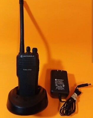 Motorola Cp200 Vhf Radio 146-174 Mhz 4 Channels