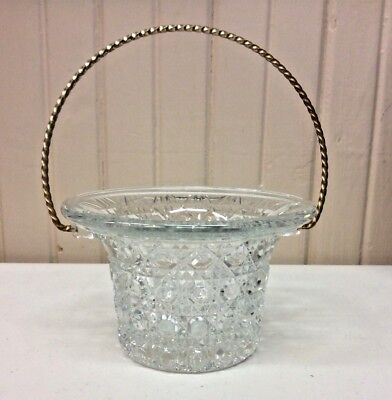 Vintage Avon Lead Crystal Basket With Handle  (A)