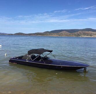 everingham ski boat