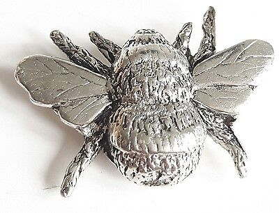 Bee Finely Handcrafted in Solid Pewter In UK Lapel Pin Badge