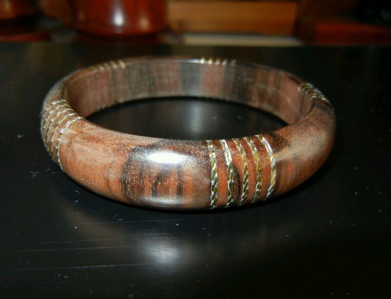 马泥涝沉香手镯镶嵌K金Agarwood bracelet bangle golden Artwork culture chenxiang
