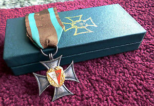 BEAUTIFUL Polish SILVER CROSS of ZHP POLAND GENULNE BOXED medal army WWII ribbon