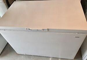Danby chest freezer 14 cubic ft