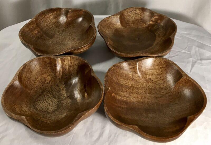 Set of 4 Monkey Pod Flower Bowls