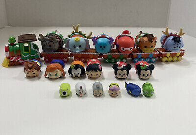 Disney Tsum Tsum Vinyl Christmas Holiday Train Play Set (18 Figures )