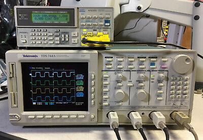 Tektronix Tds744a Oscilloscope 500mhz 2gss 13 1f 1m 2f New Crt