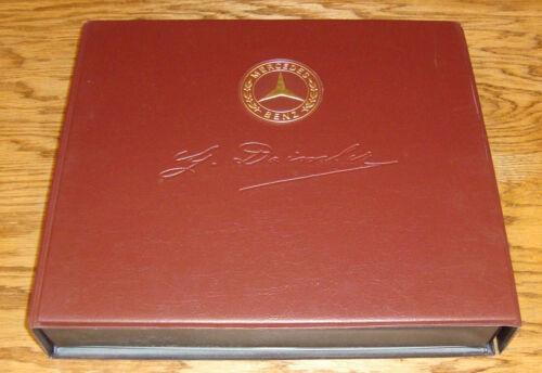 1986 Mercedes Benz Model Information Dealer Sales Brochure Complete Box Set 86