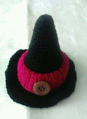 Hexen-Hut schwarz mit rotem Hutband als Eierwärmer 10x10 cm