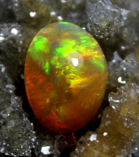 GTL Certified 2.30 Cts Natural Bright Ethiopian Galaxy Fire Opal Loose Gemstone