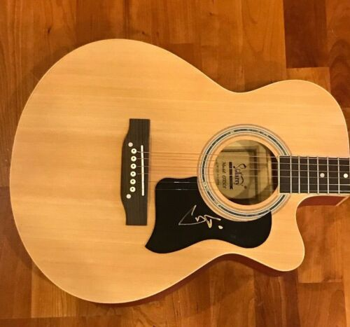 * TREY ANASTASIO * signed autographed acoustic guitar * PHISH * PROOF * 1