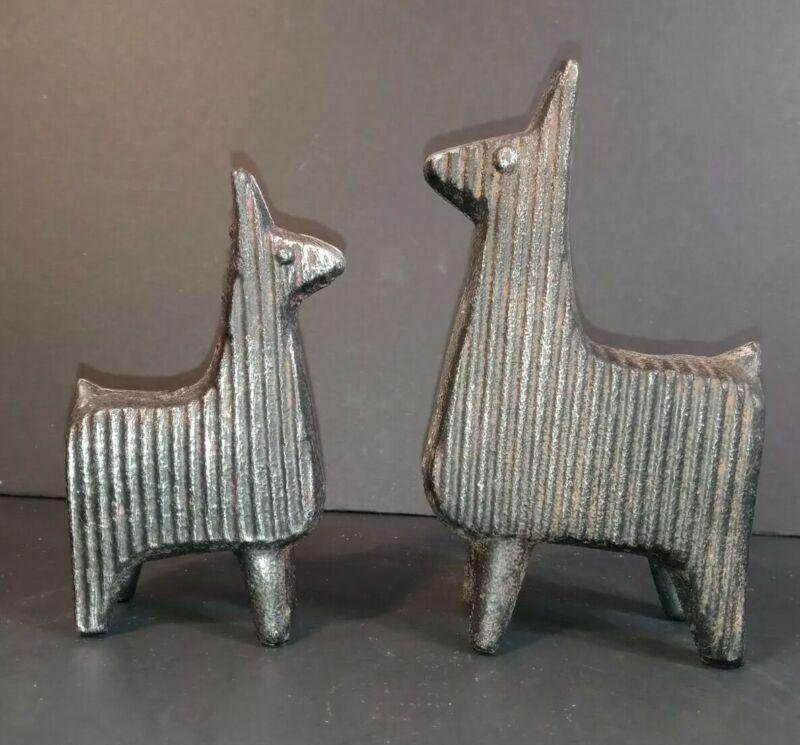 2 Primitive Style Cast Iron Llamas Alpacas by Creative Coop