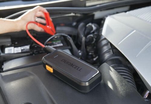 Duracell 1100 amp Lithium Ion Emergency Jump Starter w USB Charger