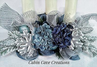 Christmas Candleholder Floral Arrangement Holiday Centerpiece Williamsburg Blue  ()