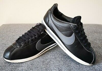 Nike Cortez UK8 Black Trainers