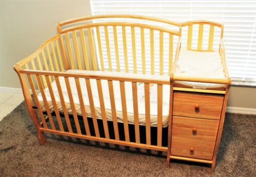 """Baby Crib 5 in 1 With Changing Table And Mattress  """"LOCAL PICKUP ONLY"""""""