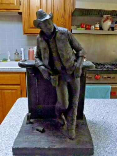 """CUTTING THE DUST BRONZETONE WESTERN THEMED SCULPTURE BY MICHAEL GARMAN 18"""" T"""