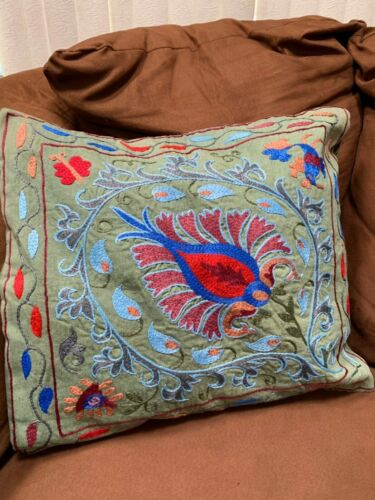 BEAUTIFUL UZBEK ANTIQUE HANDMADE EMBROIDERY SUZANI PILLOWCASE