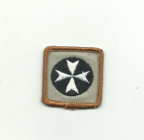 BJ SCOUT CANADA FIRST AID PROFICIENCY BADGE CANADIAN INSIGNIA BRN RE PB PATCH !!