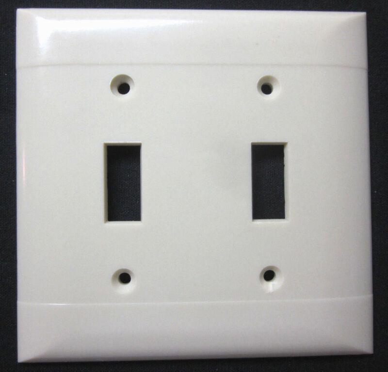 1 Vintage 2 Gang Switch Wall Plate Cover Sierra Ivory Bakelite Horizontal Lines