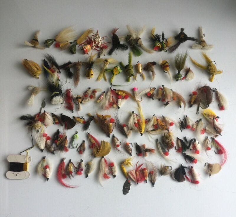 124 VINTAGE FLIES FLY FISHING LURES POPPERS BAITS Lot