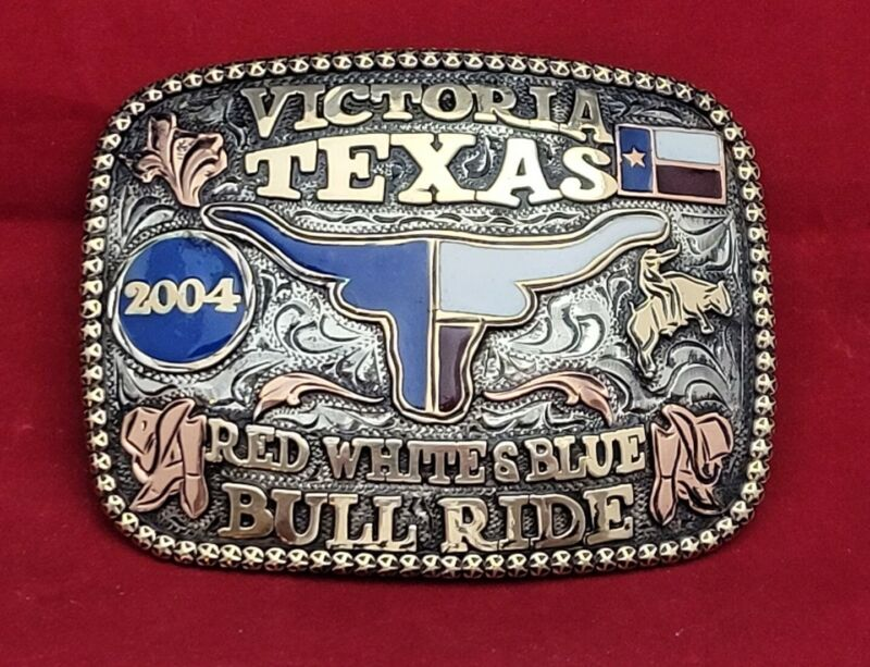 VICTORIA TEXAS BULL RIDING CHAMPION RODEO TROPHY BELT BUCKLE☆2004☆VINTAGE 574