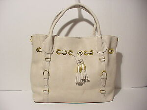 PLEATHER-WOMENS-SHOULDER-BAG-IN-BEIGE-W-GOLD-DETAILING-LS88039