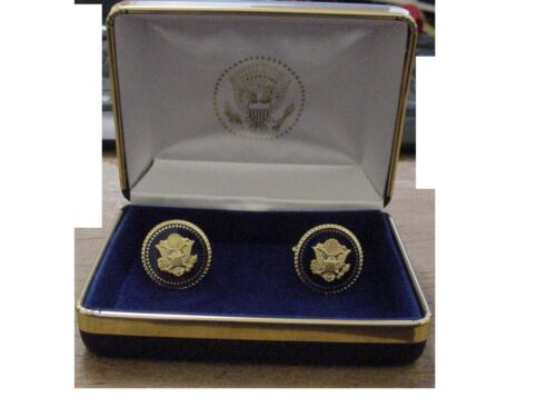 Pair of  presidential Great Seal of the United States  cufflinks .
