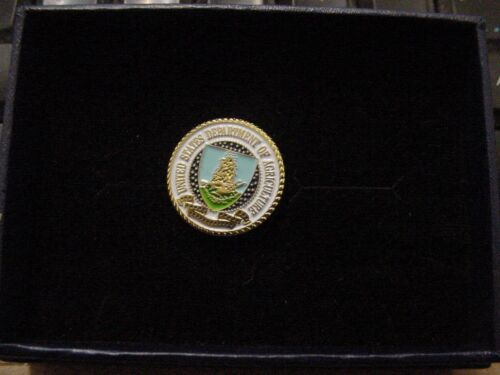 U S Department of Agriculture USDA Lapel pin- new