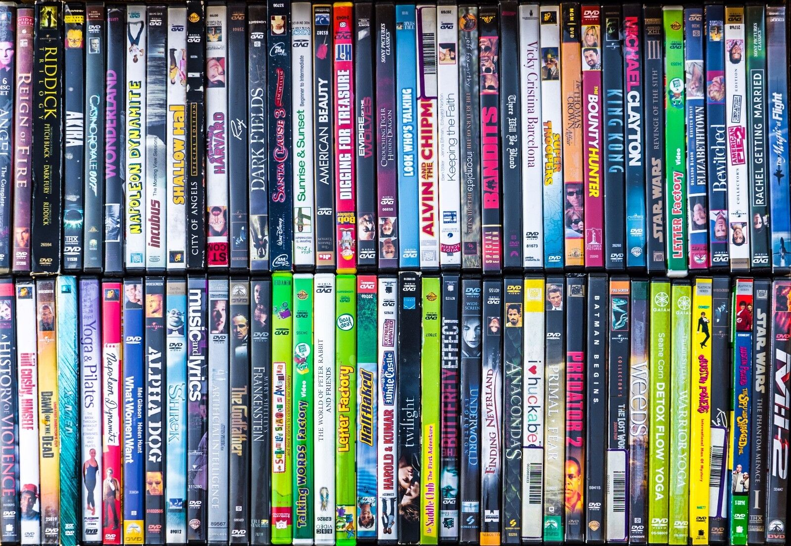 Lots 100 Used ASSORTED DVD Movies Bulk DVDs Used Lot Wholesale Liquidation Media