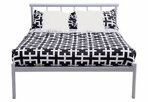 Double bed Carlton Melbourne City Preview