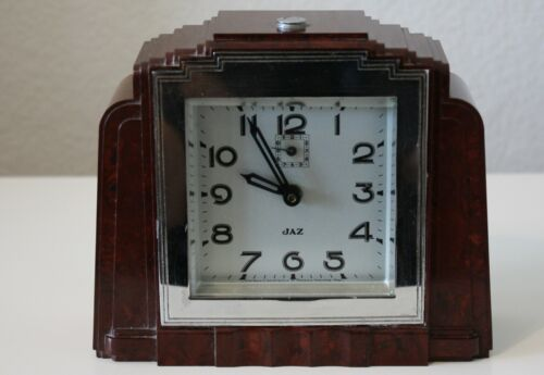 1936 Jaz Berric Bakelite French Art Deco Clock