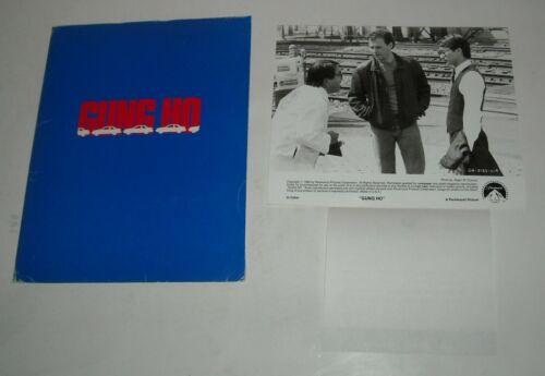 1986 GUNG HO PROMO MOVIE PRESS KIT 17 PHOTO MICHAEL KEATON RON HOWARD FILM