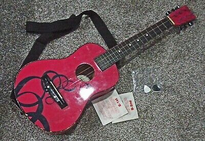 First Act Discovery child's pink wooden acoustic Guitar COMPETE
