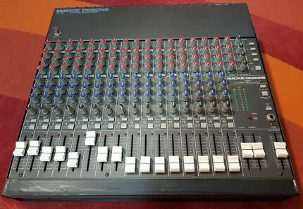 Mackie CR-1604 16 Channel Mixer