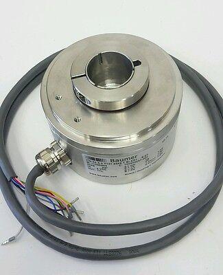 Baumer ITD40 Incremental Encoder Drehgeber 2048 imp/rev  60906.4