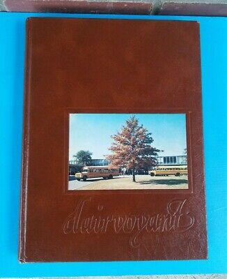 Upper St Clair High School Yearbook 1981
