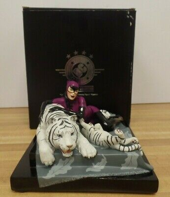 Catwoman Tigress Among Tigers Porcelain Figurine DC Universe 744/2500 050919DBT