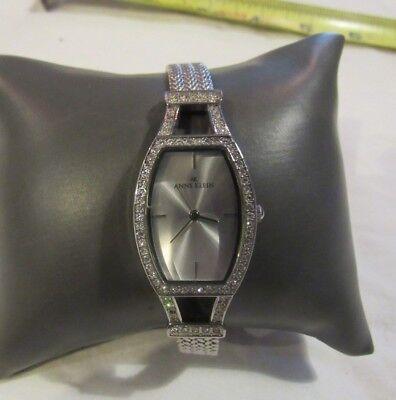 ANNE KLEIN Fashion WatchCRYSTAL MESH BAND Elegant Design RUNS Great 68