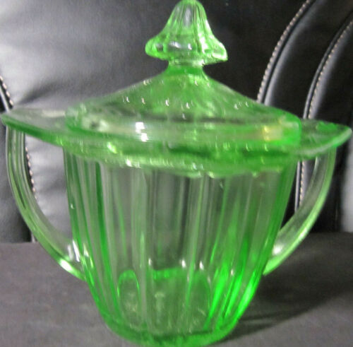 JEANNETTE DEPRESSION GLASS ADAM pattern SUGAR BOWL WITH TOP  GREEN