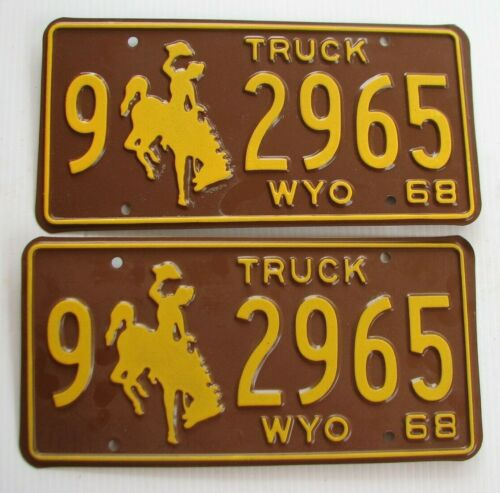 """MINT WYOMING 1968 TRUCK  PAIR LICENSE PLATE PLATES """" 9  2965 """" BUCKING BRONCO WY"""