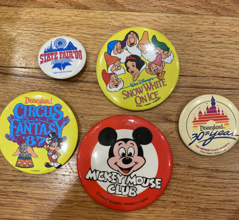 VINTAGE Lot Of 5 DISNEY Buttons... Mickey Mouse Club, Circus Fantasy '87