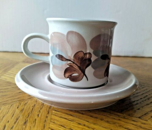 Koralli Arabia Finland Coffee cup 6,5 cm high with saucer