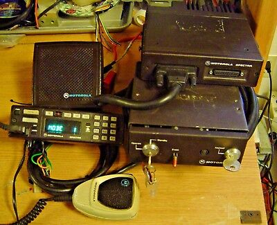 Motorola Spectra Vhf Radio 146-174mhz With Securenet Physical Security Housing