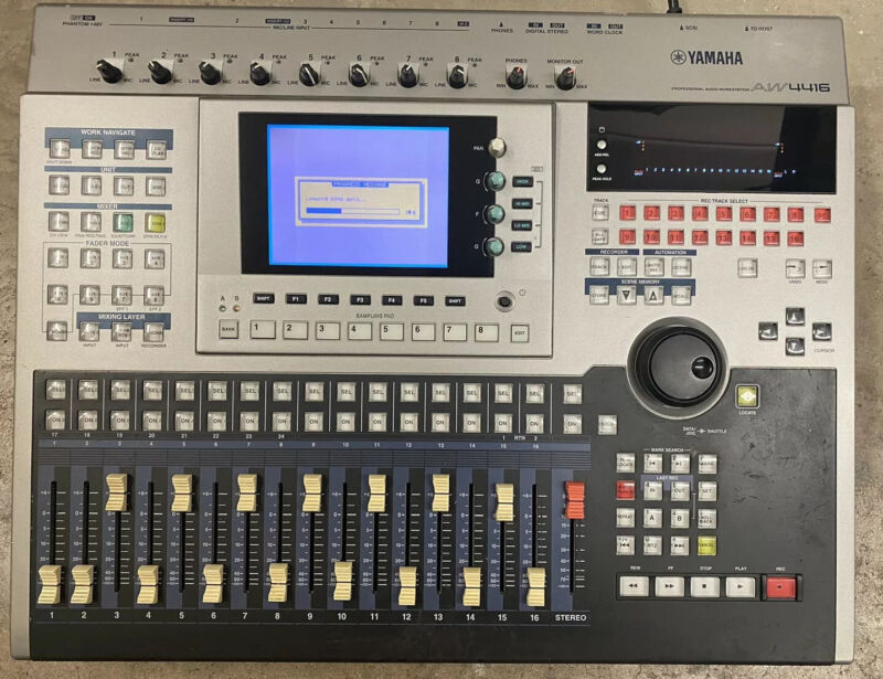 Yamaha AW-4416 Professional Audio Workstation with Power Cord Works Great!!!